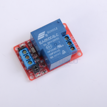 1 x DC 5V - 30A Opto Isolated High/Low Level Triggering Relay Module