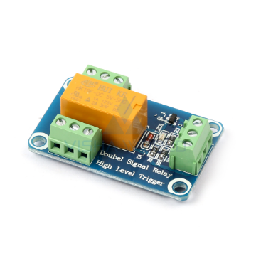 1 x DC 24V - 30A Opto Isolated High/Low Level Triggering Relay Module